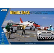 KIN - Kinetic Models USN Deck + T-45 Goshawk and 3 GSE 1/48