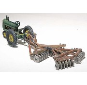 WOO - Woodland Scenics 785- HO Disc & Tractor  1938-46