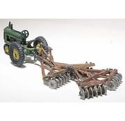Woodland Scenics (WOO) 785- HO Disc & Tractor  1938-46