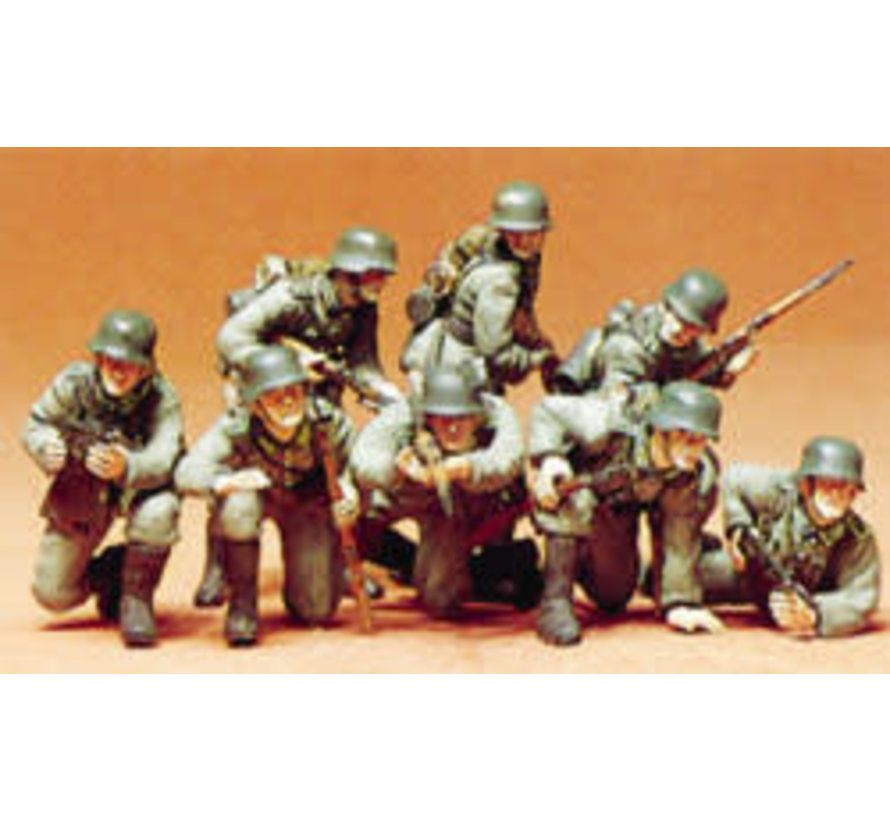 35061 German Panzer Grenadiers Plastic Model 1:35