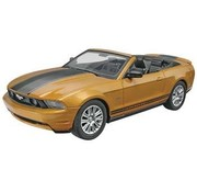 RMX- Revell FORD 2010 Mustang  CONV 1/25