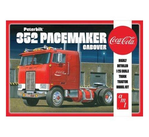 AMT Models (AMT) 1090 Peterbilt 352 Pacemaker Cabover 1:25
