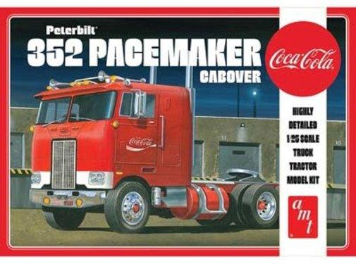 AMT Models (AMT) Peterbilt 352 Pacemaker Cabover 1:25