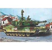 Trumpeter Models (TSM) 1/35 M1A1/A2 Abrams Tank, 5N1