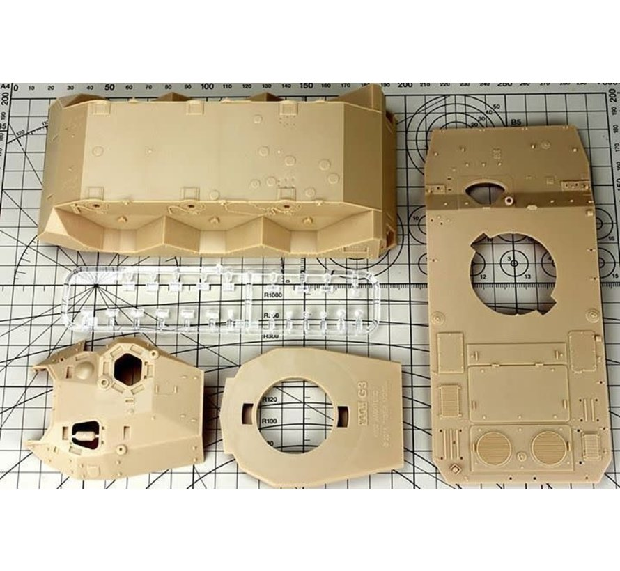 35 4602 1/35 French AMX-10RCR Tank Destroyer (New Tool)