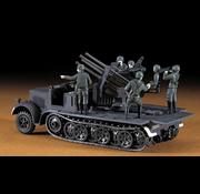 Hasegawa (HSG) 1/72 SdKfz7 8-Ton Half Track w/Quad 20mm AA Guns