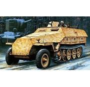 Hasegawa (HSG) 1/72 Sd.Kfz. 251/1 Ausf D Armored Half-Track