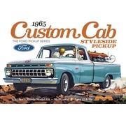 Moebius (MOE) 1234 Ford 1965 Custom Styleside Pickup 1/25