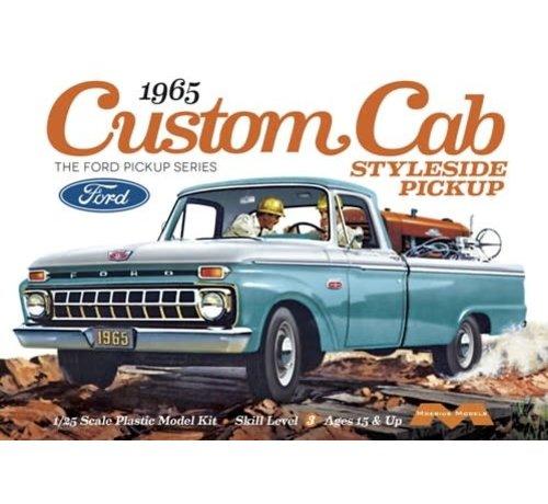 Moebius (MOE) 1234 Ford 1965 Custom Cab Styleside Pickup 1/25th Scale