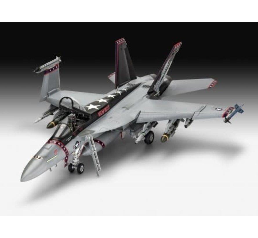 04994 F/A18E Super Hornet Fighter 1/32