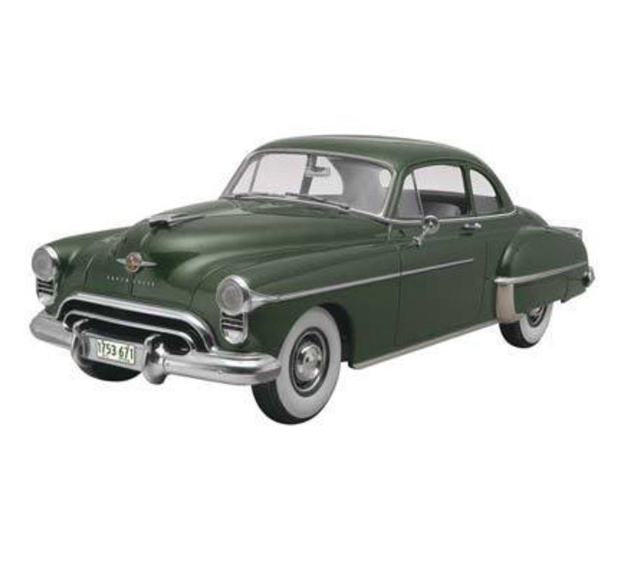 854254 Oldsmobile 1950 Club Coupe 2n1 Plastic Model Kit 1/25