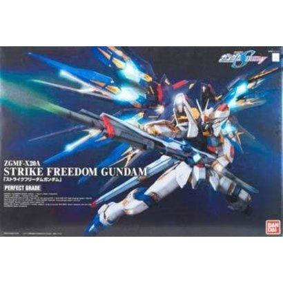 BANDAI MODEL KITS 165506  Strike Freedom 1/60 Gundam Bandai Perfect Grade (PG)