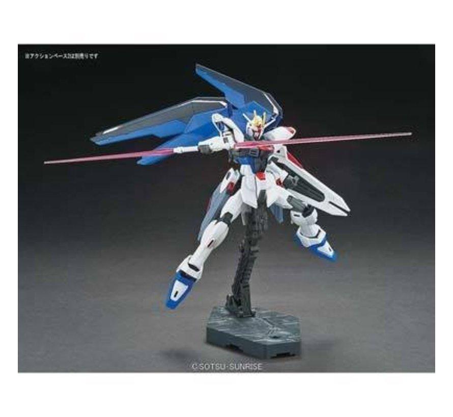 "196727 #192 Freedom Gundam  ""Gundam SEED"" Bandai HGCE"