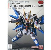 BANDAI MODEL KITS EX-Standard Strike Freedom Gundam SD
