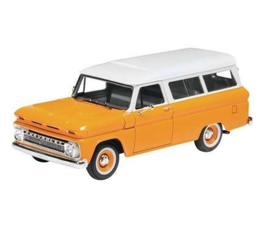 854409 1/25  1966 Chevy Suburban Plastic Model Kit