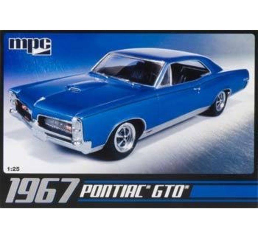 MPC710L 1/25 '67 Pontiac GTO Plastic model kit.