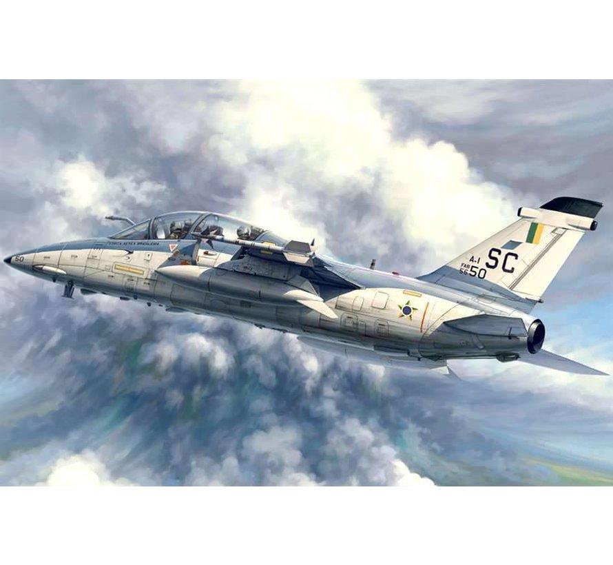 81744  1/48 A-1B Trainer
