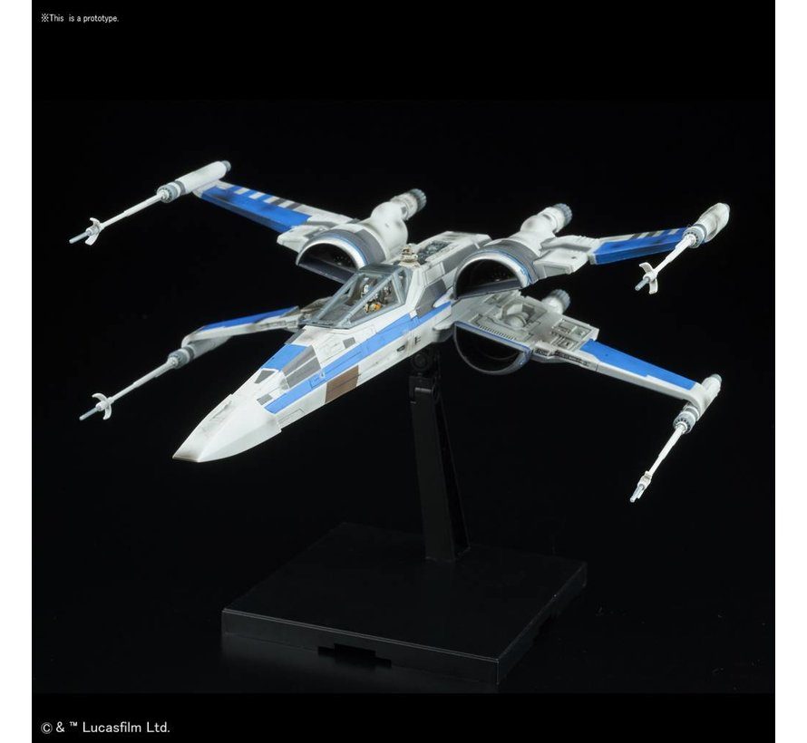 "223296 Blue Squadron Resistance X-Wing Fighter ""Star Wars: The Last Jedi"", Bandai Star Wars 1/72 Plastic Model"