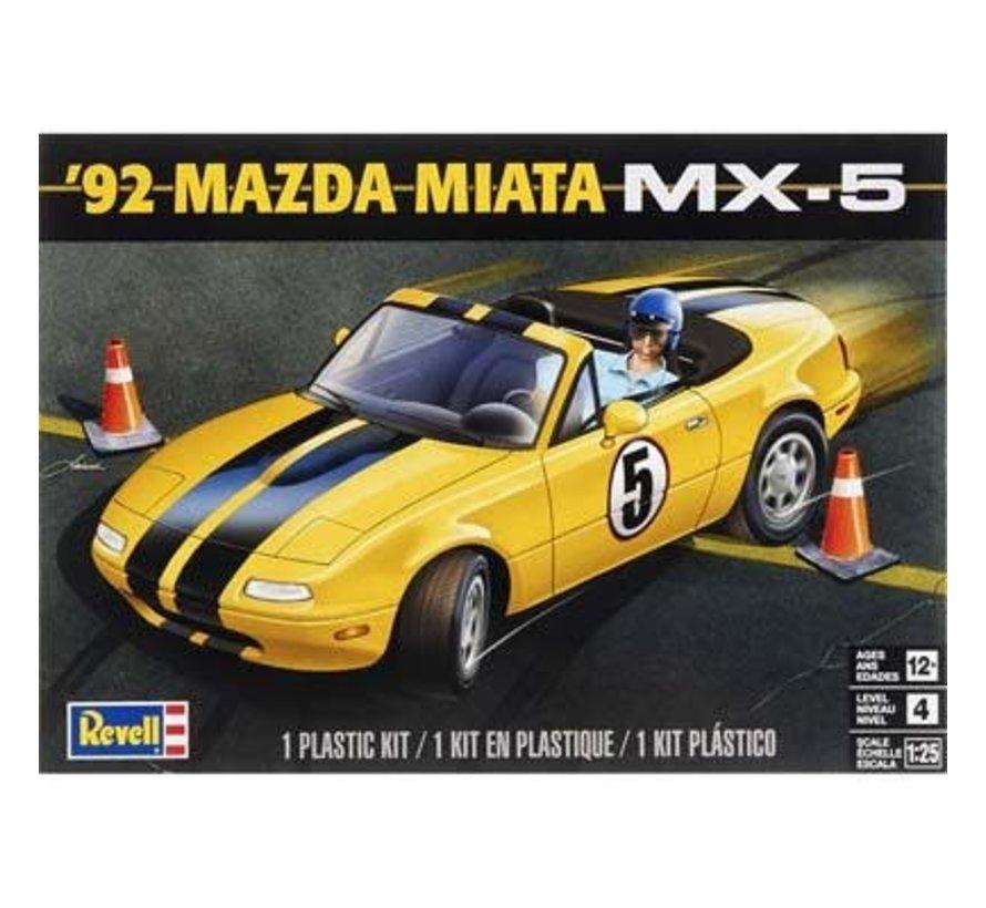 854432 1/24 1992 Mazda Miata