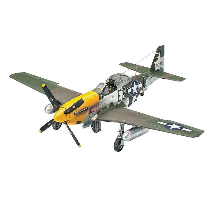 03944 1/32 P-51D Mustang Plastic aircraft model Kit