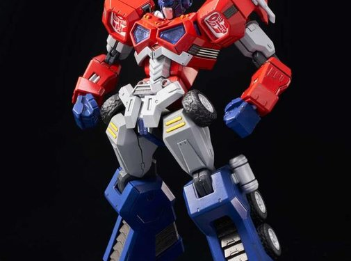 Flame Toys 01 Optimus Prime (Attack Mode) Transformers
