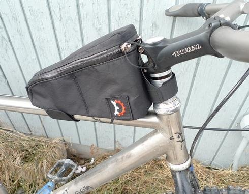 Revelate Design Gas Tank Top Tube/ Stem Bag; Black
