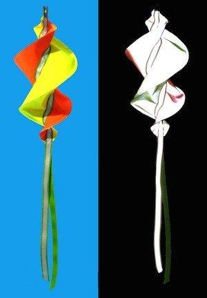 Turi Spinning Reflective Pennant / Flag