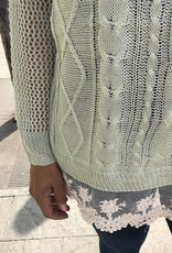 Lt.Sage Lightweight Sweater w/ Lace Hemline