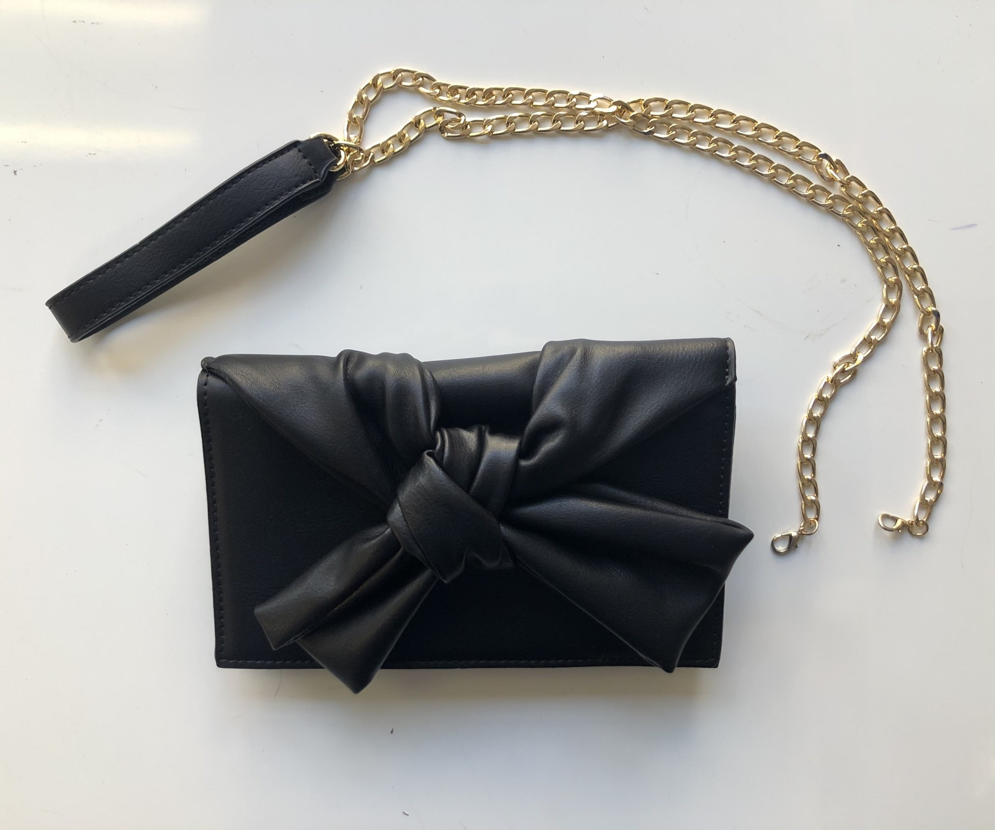Black Knotted Bow Clutch