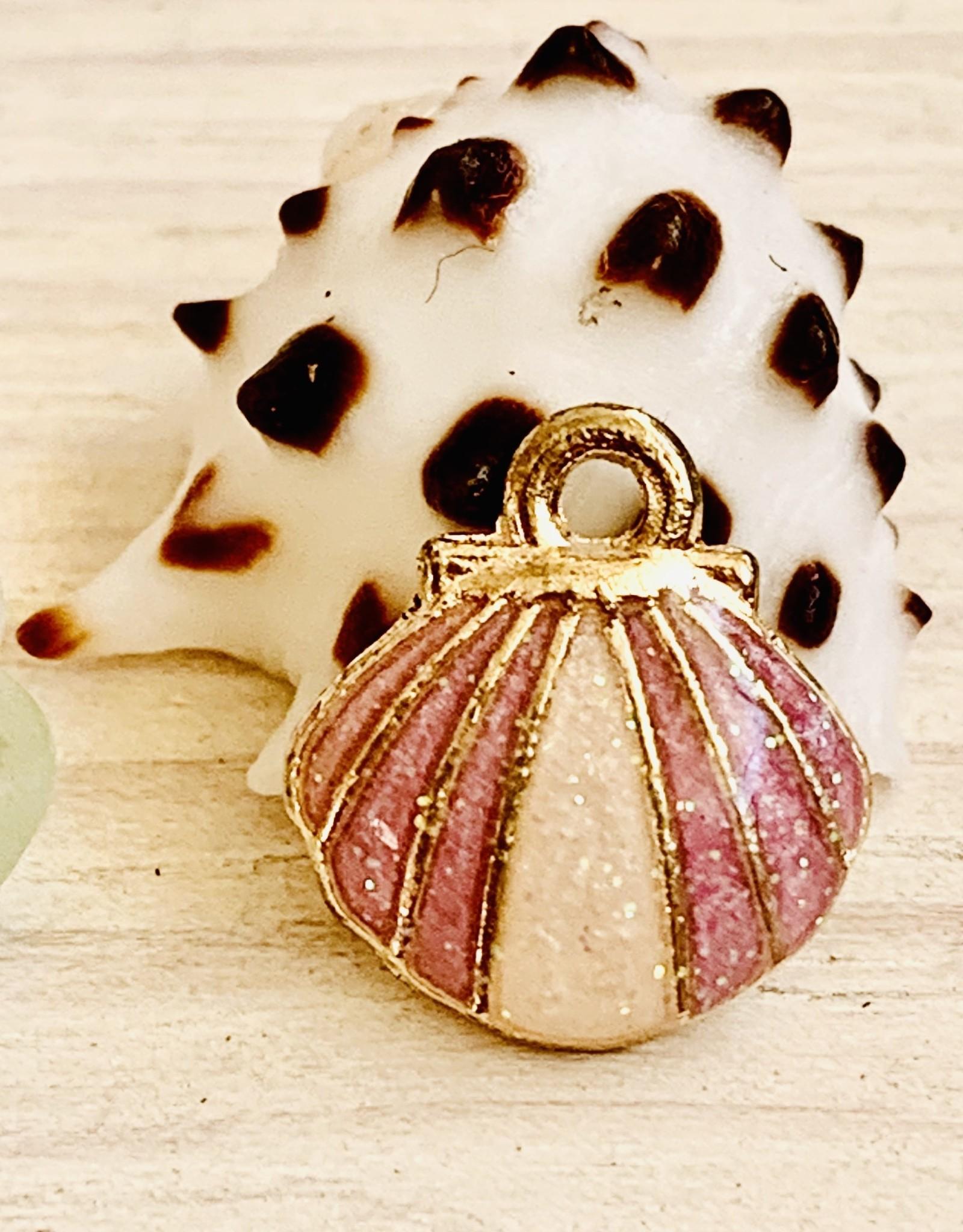 Clam Shell Enamel Lilac