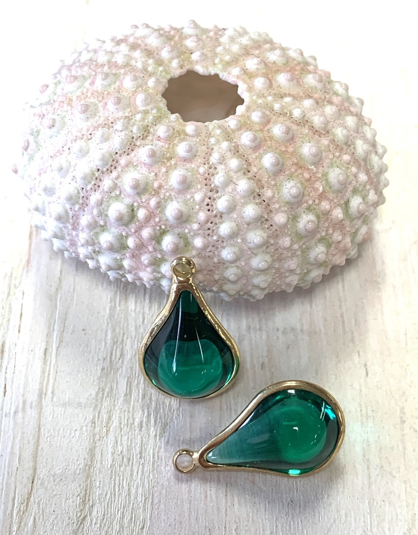 Glass Charm Gold Plated Green ea
