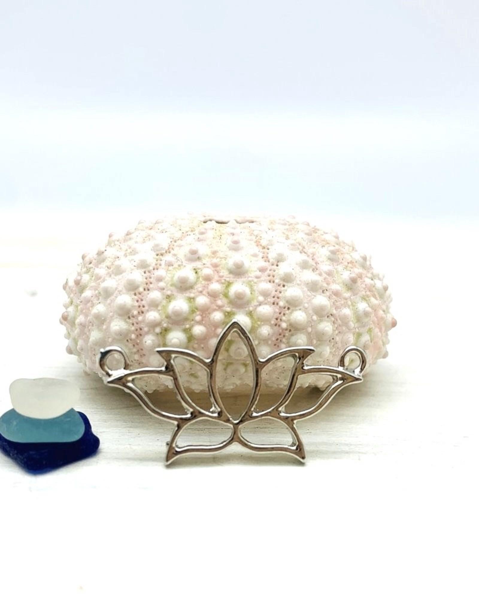 Lotus Connector