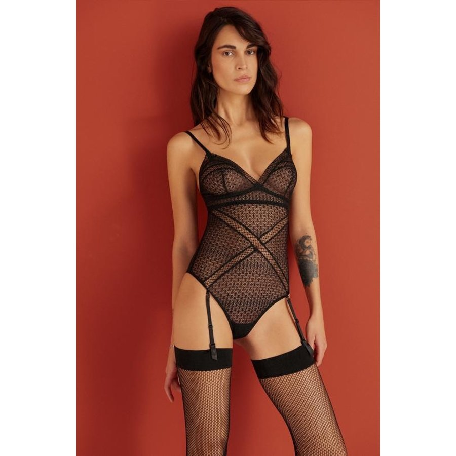 Harper Soft Cup Bodysuit With Removable Garter Straps