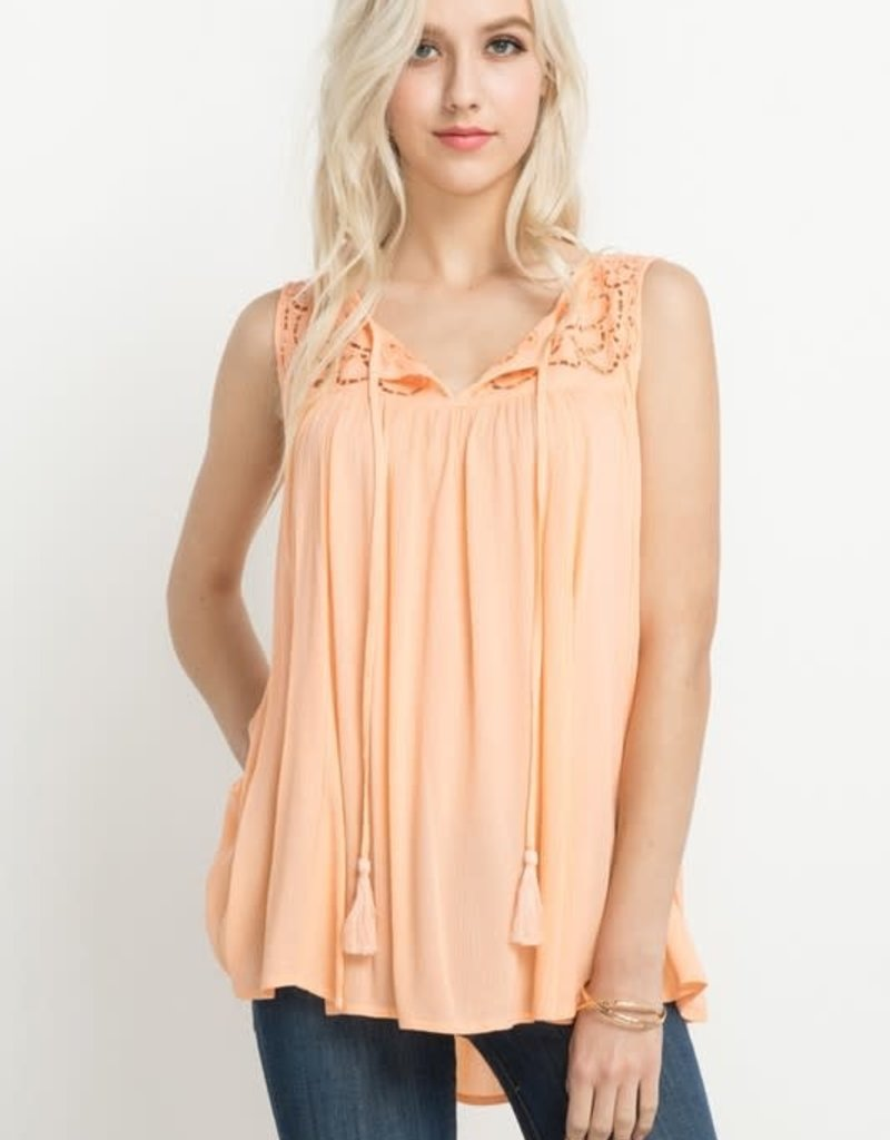 Mottoshop ORNATE EMBROIDERY TOP WITH TASSELS