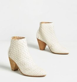 Sbicca Parkman Woven Pointed Bootie