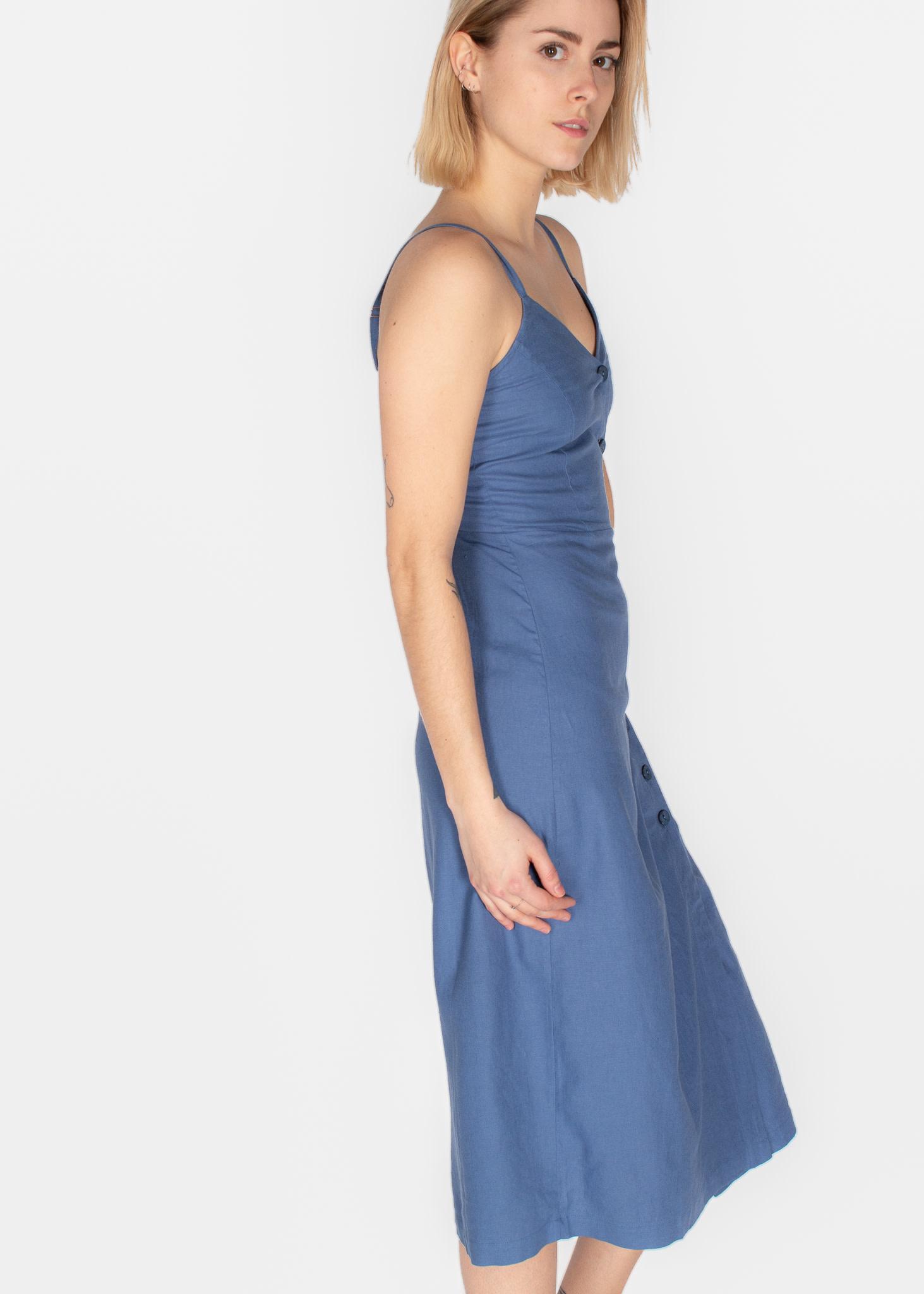 STRAPPY V-NECK PRINTED DRESS