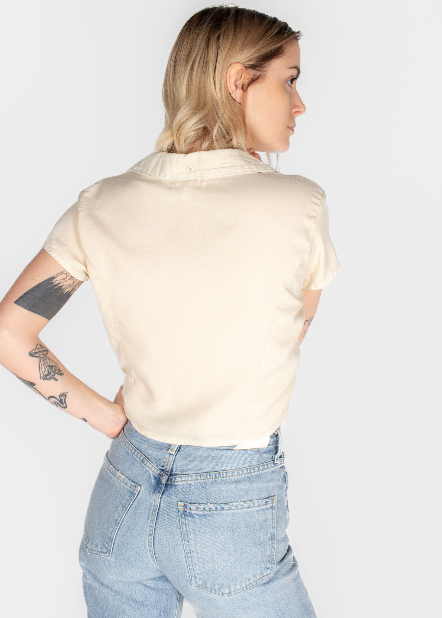 BELLA DAHL FITTED CAPSLEEVED TIE UP SHIRT