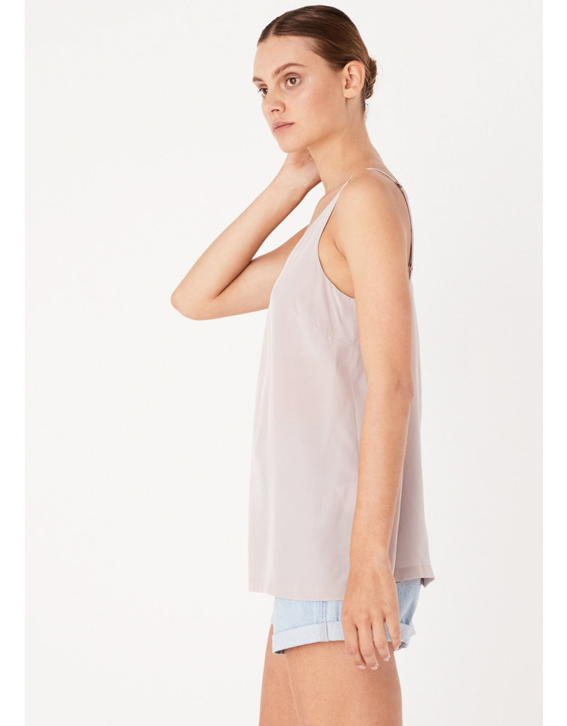 ASSEMBLY LABEL Silk deep v cami fawn