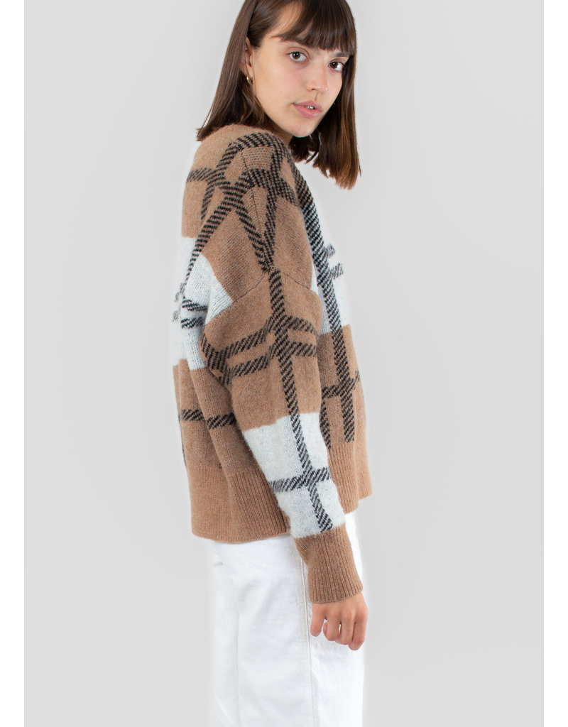IN WEAR Ivana check pullover warm camel