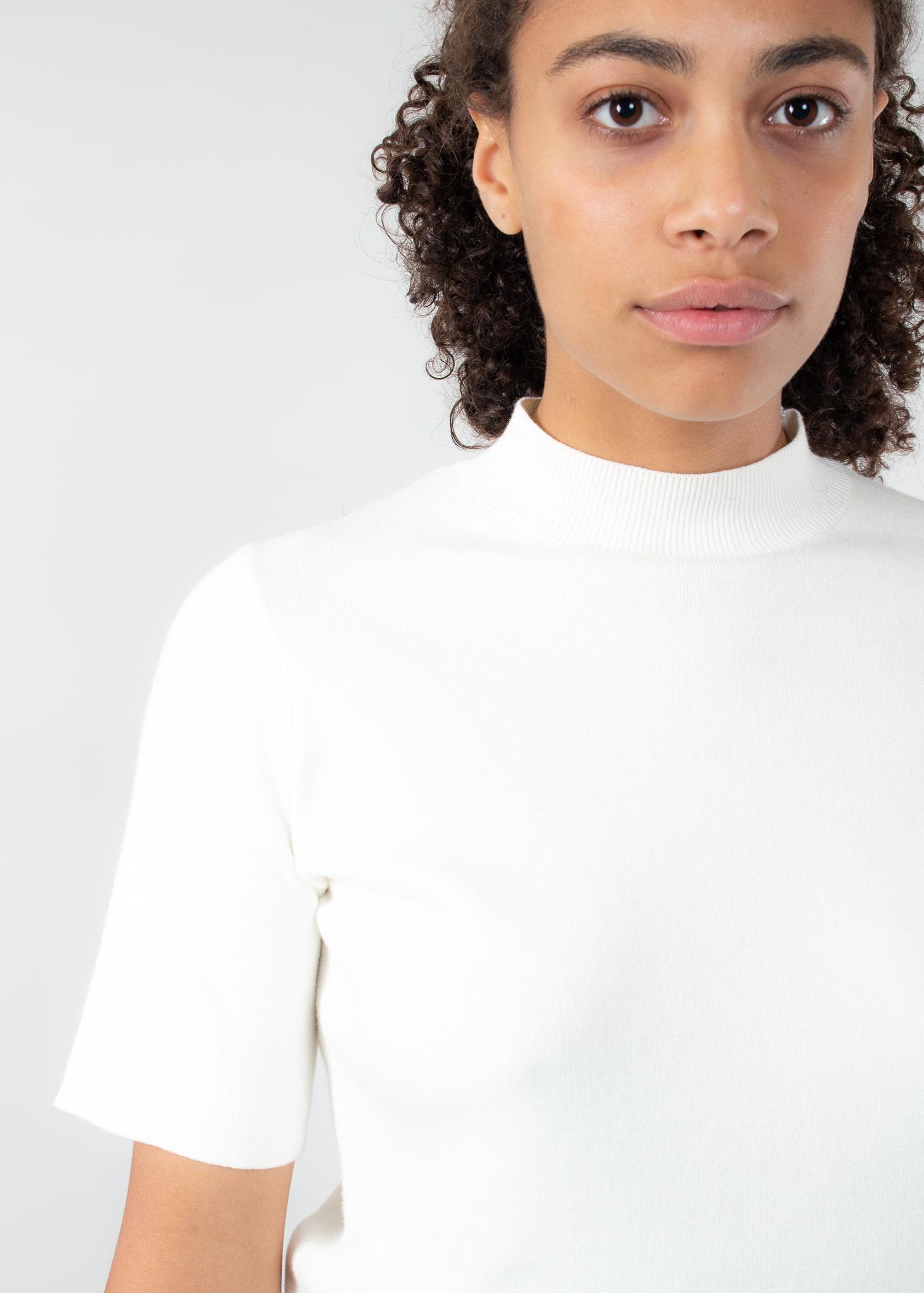 YAYA Short sleeve sweater roll neck chalk