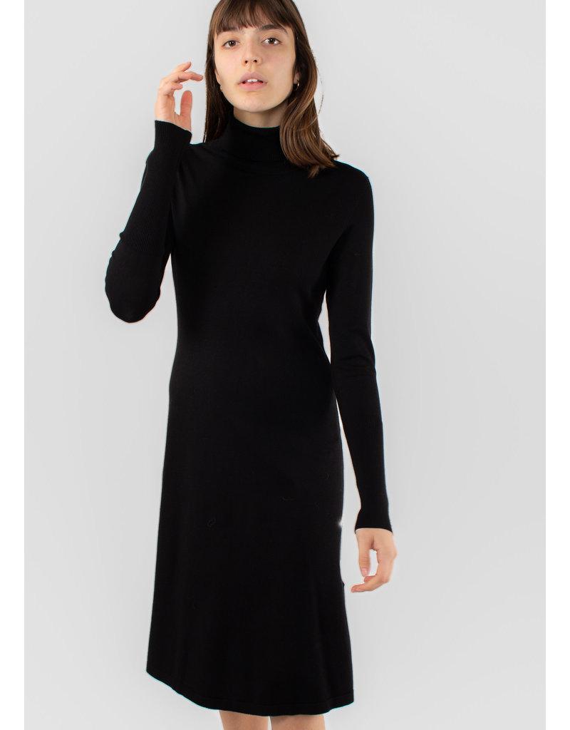 IN WEAR Osla dress black