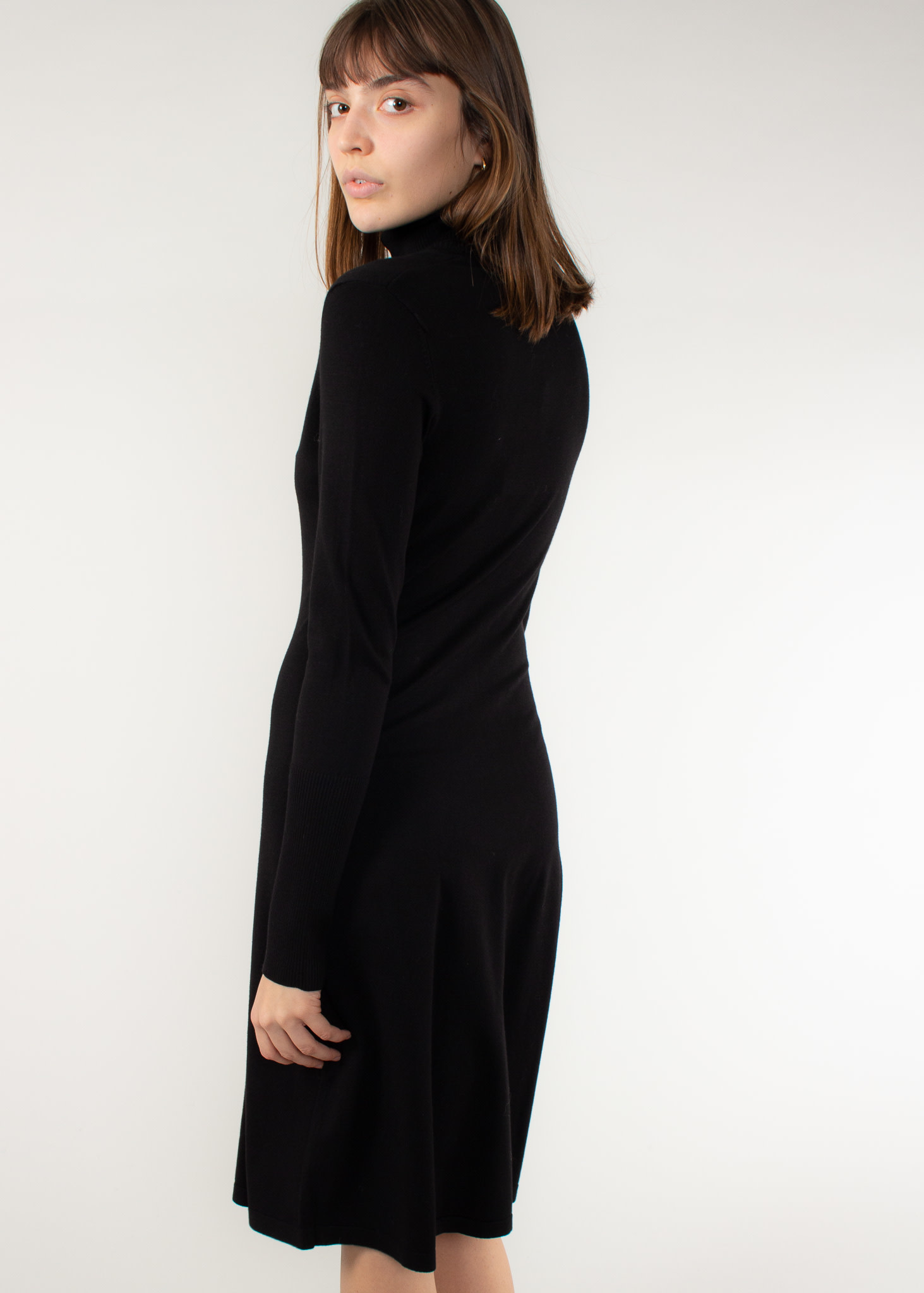 IN WEAR Osla dress black