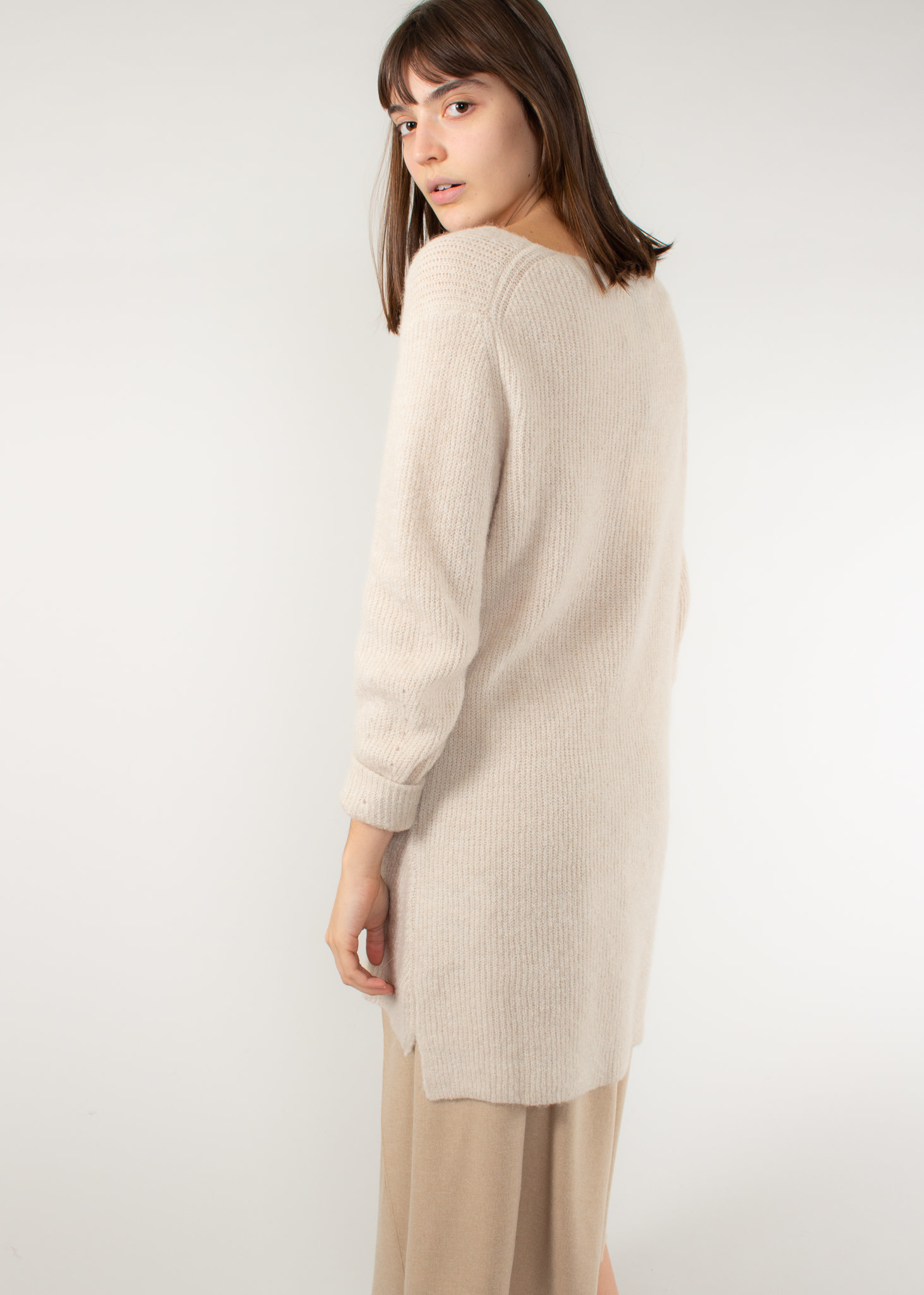 YAYA Clean knit vneck sweater