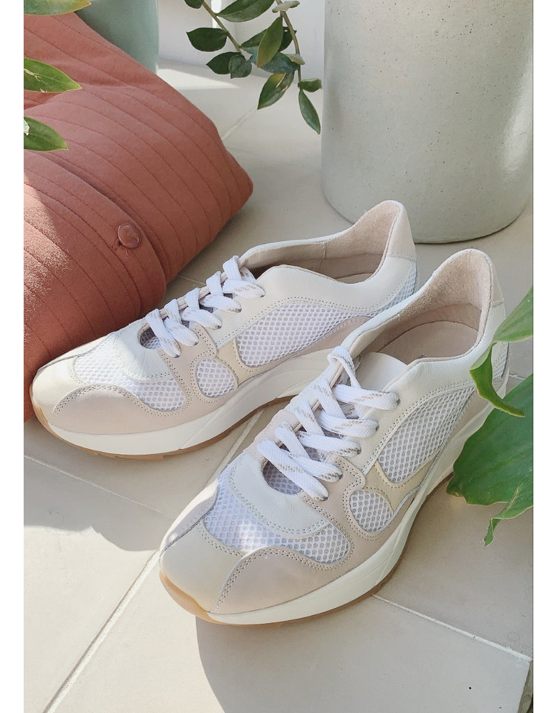 IN WEAR Selene sneaker