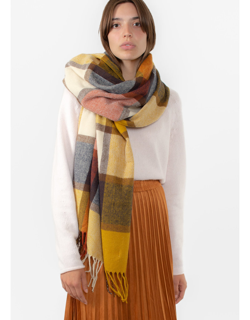 The Korner Beige-yellow scarf