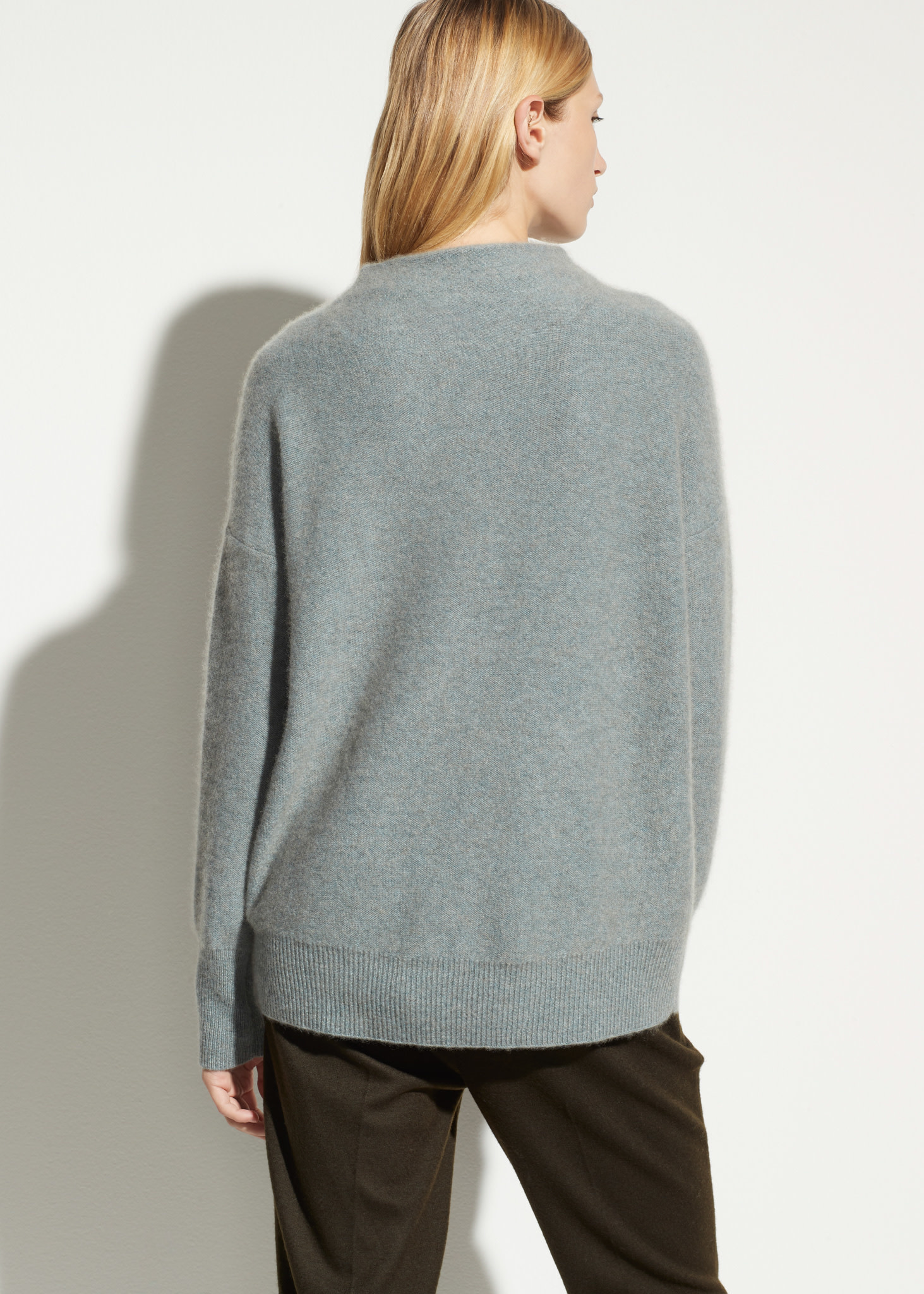 Boiled funnel cashmere pullover