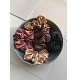 Swell & Ginger Silk scrunchie