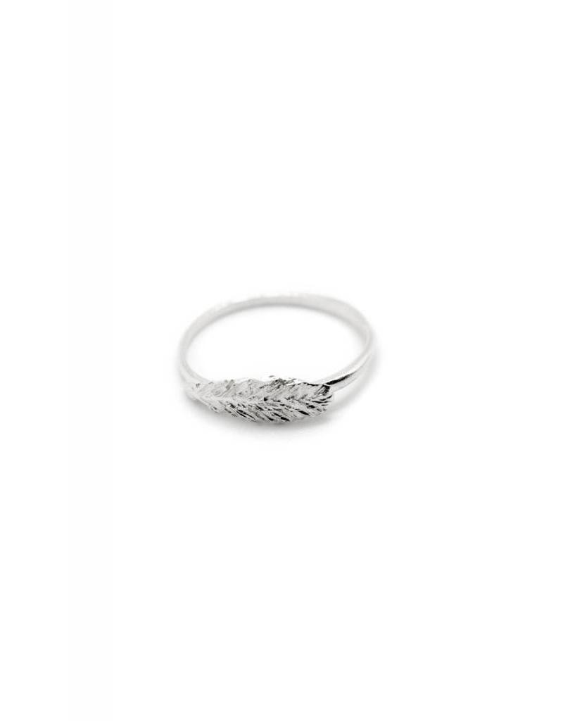 Delicate Plume ring