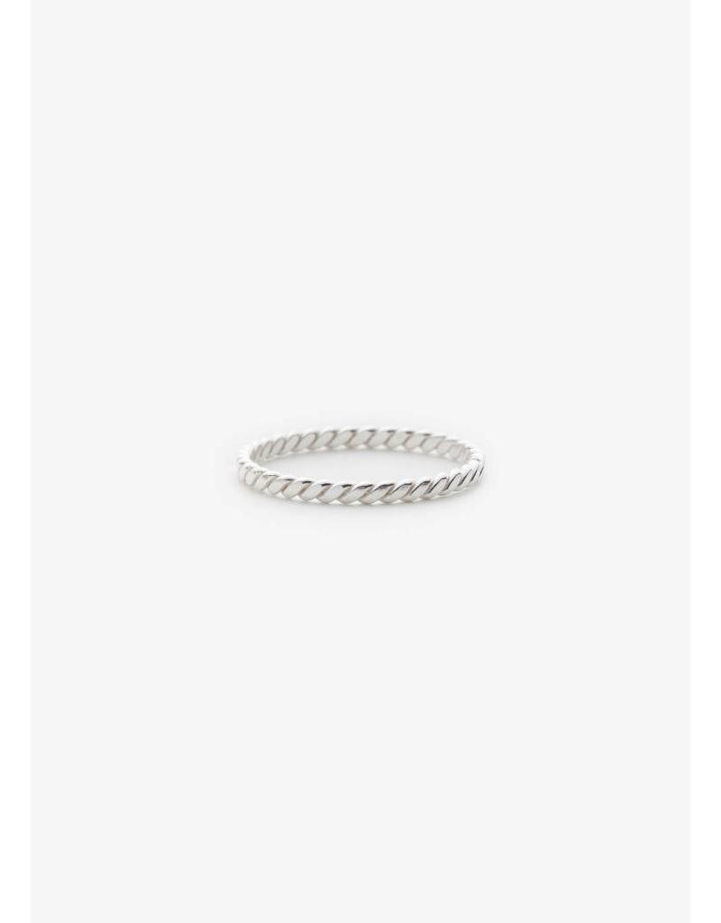 PILAR AGUECI Fine molo ring