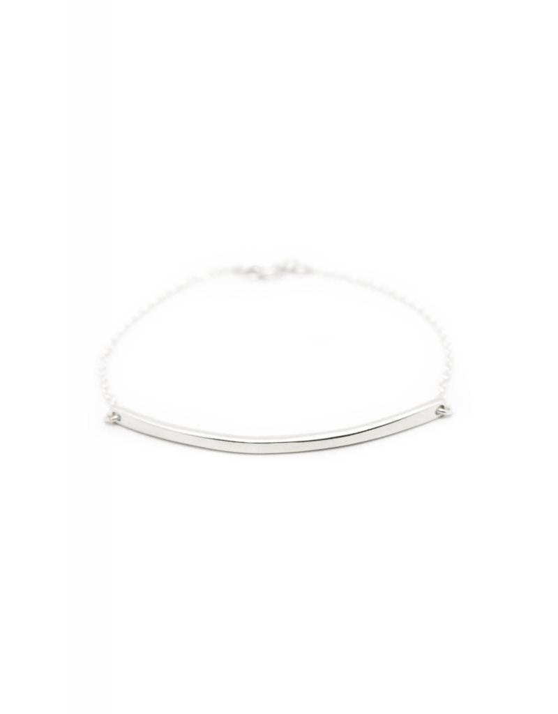 Bold Linear bracelet